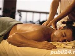 Tanar 30 ani execut masaj profesional