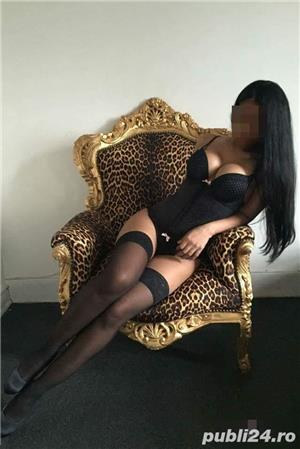 Curve Bucuresti Sex: Ana bruneta