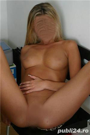Curve Bucuresti Sex: Blonda si bruneta seductie totala ..