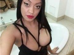 Curve Bucuresti Sex: La mine la tine sau la hotelMall Vitan