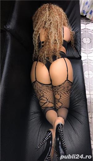 Curve Bucuresti Sex: new blonda siliconata la tine sau la hotel