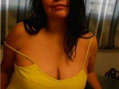 Curve Bucuresti Sex: Simona ..Sunt noua in oras vino sa ati indeplinesc toate fanteziile